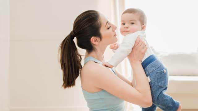 Kiat Memilih Asuransi yang Tepat untuk Anda Para Ibu