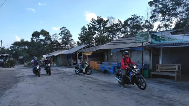 Warga Klaten Mengadu ke Puan soal Jalur Evakuasi Merapi Rusak Parah