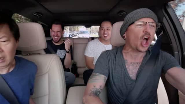 Momen Chester Karaoke Bareng Linkin Park Seminggu Sebelum Meninggal