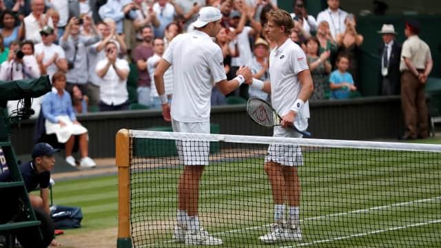 Wimbledon: Laga 6 Jam 36 Menit dalam Fragmen Tenis Anderson dan Isner