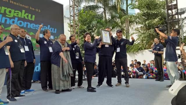 HKN ke-53 di CFD Pecahkan Rekor MURI sebagai Senam Peregangan Terbesar