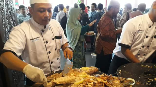 Pesta Makan 1,3 Ton Ikan di Lustrum XI Teknik Pertanian UGM