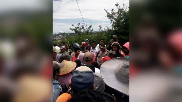 7 Warga Terluka saat Demo Penolakan Geothermal di Gunung Talang Sumbar