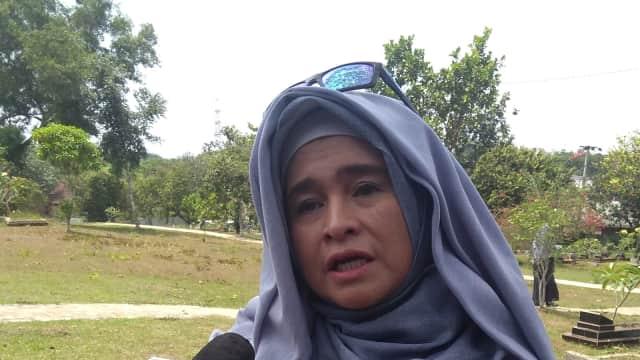 Neno Warisman Menyesal Tak Temui Debby Nasution Selama Bertahun-Tahun