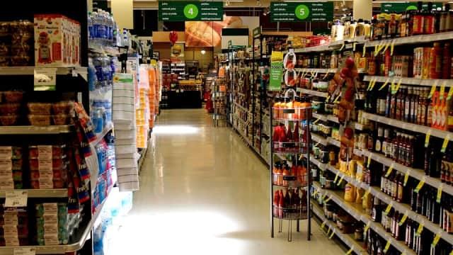Airlangga Hartarto Puji Industri Makanan-Minuman Dalam Negeri