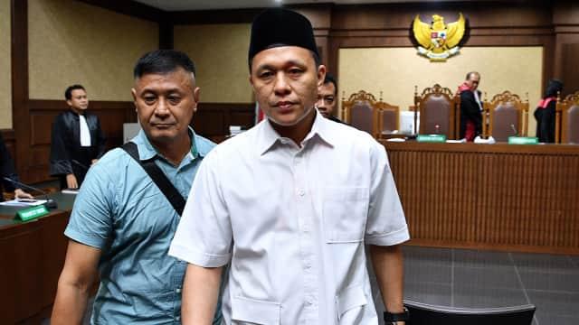 KPK Eksekusi Eks Bupati Lampung Tengah Mustafa ke Lapas Sukamiskin