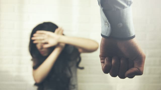 Bagaimana Menanggapi Curahan Hati tentang Kekerasan?