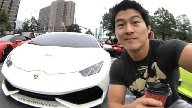 Kisah Pria yang Beli Mobil Lamborghini Pakai Bitcoin