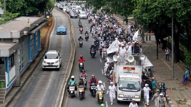Demonstran di Depan Kantor Facebook Indonesia Bubarkan Diri