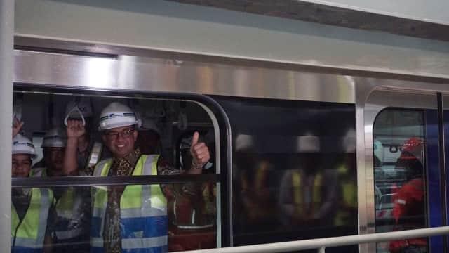 Kereta Dicorat-coret, Anies Minta MRT Tingkatkan Pengamanan