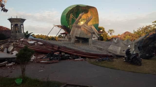 Tertimpa Bangunan Masjid Saat Gempa, Bibi Zohri Masih Belum Dievakuasi