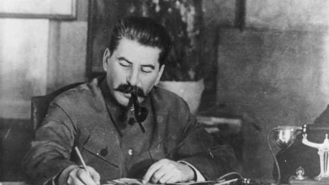 Tebak Tokoh: Diktator Uni Soviet yang Meninggal Hari Ini