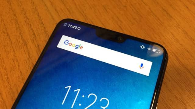 Alasan Vivo Pakai Layar 'Berponi' di Ponsel V9