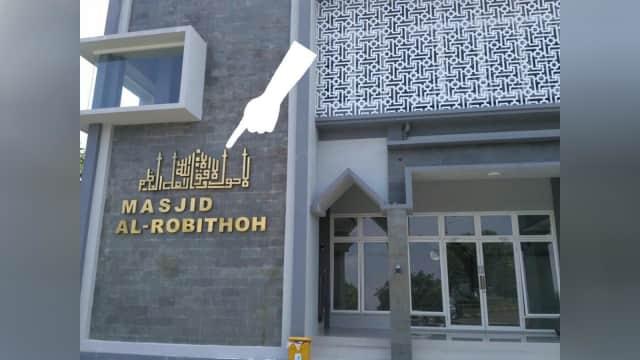 Akhir Cerita Masjid Al-Robithoh yang Disebut Berlogo Mirip Salib