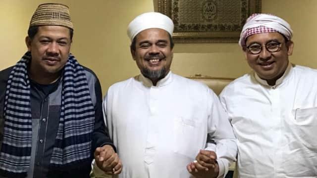 Fadli Zon dan Fahri Ngobrol 5 Jam dengan Rizieq Syihab di Makkah