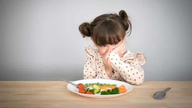 8 Cara Hadapi Balita yang Susah Makan