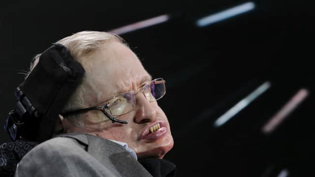 Abu Stephen Hawking Dikubur Dekat Makam Newton dan Darwin