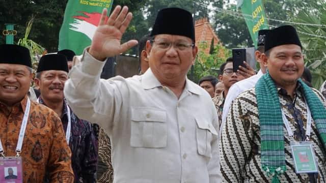 Jika Jadi Presiden, Prabowo Mau Kaji Ulang Proyek Kereta Cepat