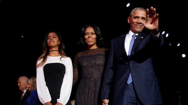 Ke Mana Putri Bungsu Obama Saat Ayahnya Pidato?