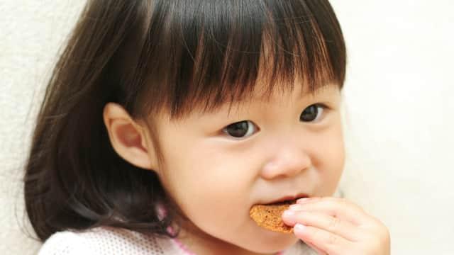 4 Camilan Sehat untuk Anak Konsumsi Malam Hari