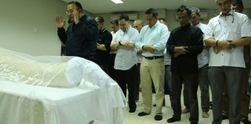 Suasana Haru di Pemakaman Sys NS