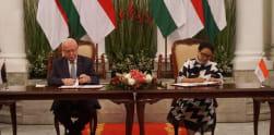 Menlu RI-Palestina Bertemu Bahas Penguatan Hubungan Bilateral