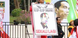 Suasana Tugu Proklamasi yang Dipenuhi Relawan Jokowi