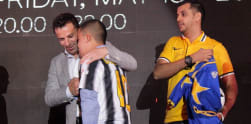 Del Piero Galang Dana Nyaris Setengah Miliar untuk Korban Sinabung