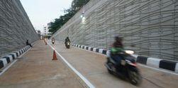 Melintasi Underpass Kartini yang Baru Dibuka
