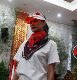 Fashion Show Atribut Kampanye Milenial PDIP