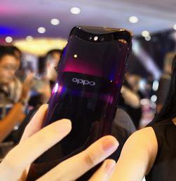 Melihat Cantiknya Smartphone Kamera Geser Oppo Find X