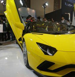 Lamborghini Aventador S Roadster Tampil Perdana di IIMS