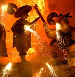Festival Fallas Penghormatan Kepada Pelindung Tukang Kayu